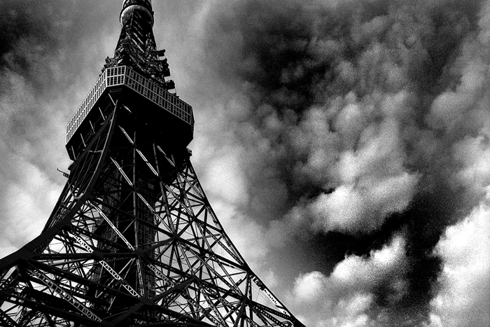 Tokyo Tower and clouds