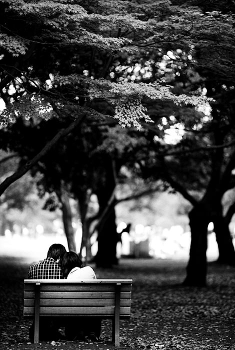 Couple On The Bench (Tokyo)
