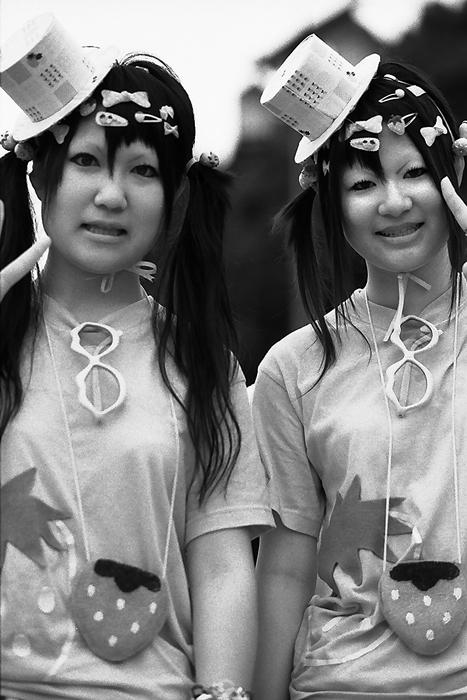 twin in Lolita fashion
