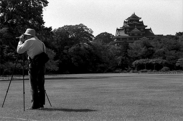 Okayama Castle And Photographer (Okayama)