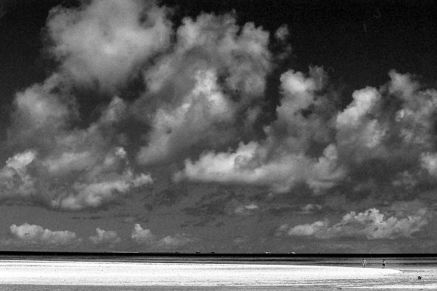 コンドイ浜の砂浜