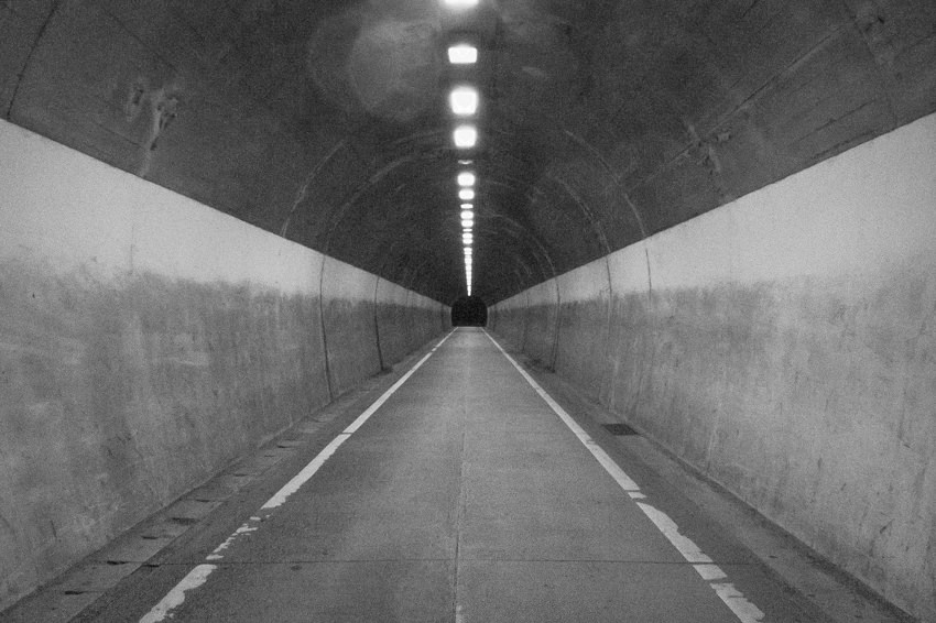Straight tunnel