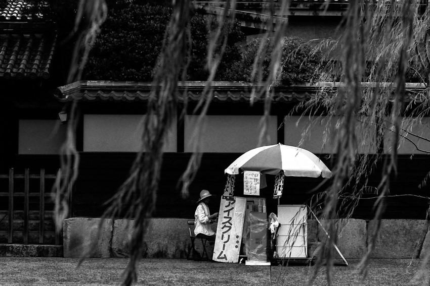 倉敷川沿いに出ていたアイスクリームの屋台