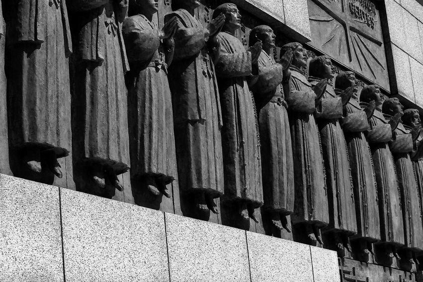 statues of Twenty-six Martyrs