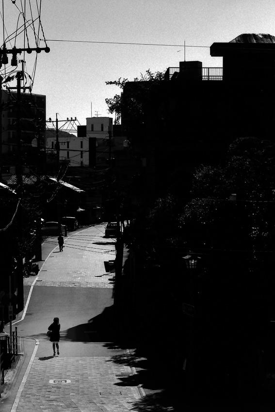 Figure walking street