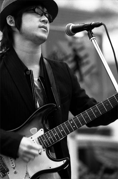 Guitarist Wearing Sunglasses (Tokyo)