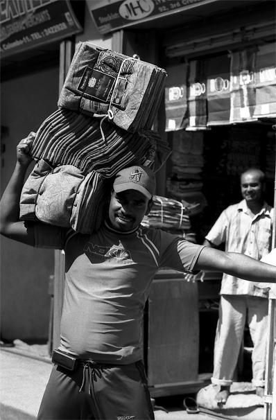 Textiles On The Shoulder @ Sri Lanka