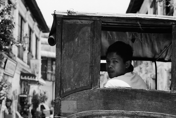 Man Looked Back On The Carriage (Philippines)