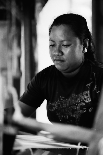 Weaving Woman (Philippines)