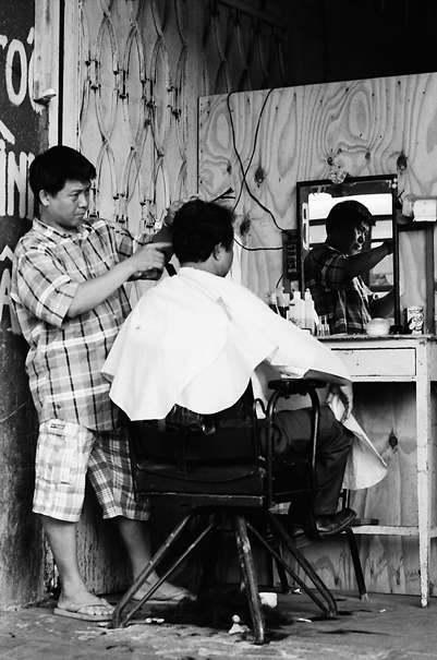 Barber Was Cutting @ Vietnam