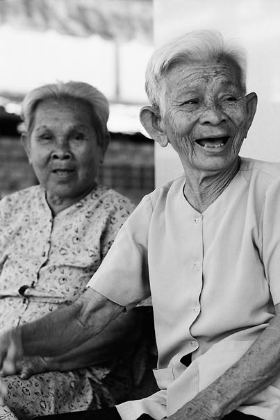 Older women relaxing in cafe