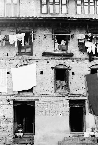 洗濯物のあるアパルトメント