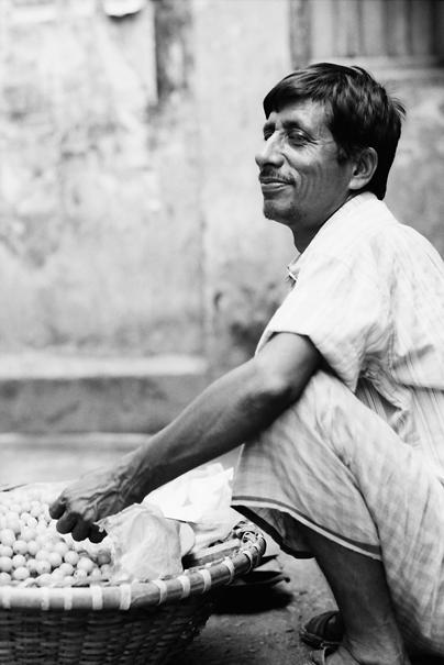 Man Sold Fruits @ Bangladesh
