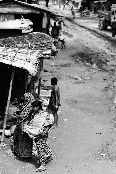 Woman In The Road @ Bangladesh