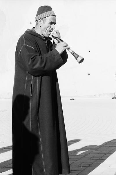 Man playing mizmar