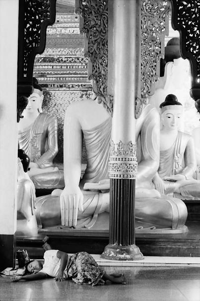 Sound Sleep With Buddha Images (Myanmar)