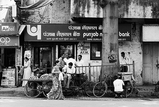 Wagon, Bicycles And People (India)