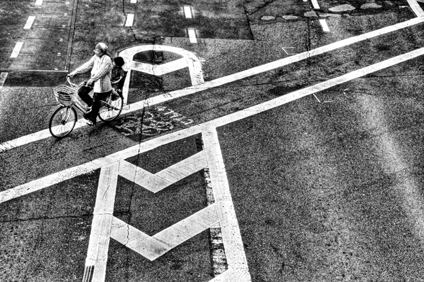 Bicycle Ran Through The Crossing (Tokyo)