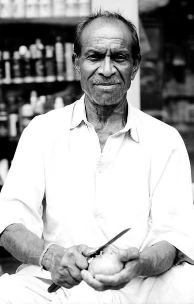 マンゴー売りの男
