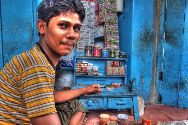 Tobacconist In The Street @ India