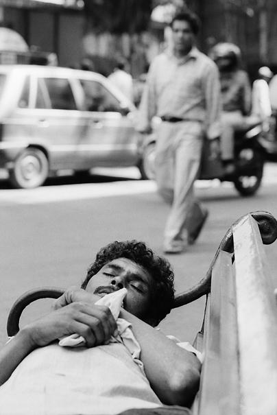 Dead Sleep On The Bench (India)