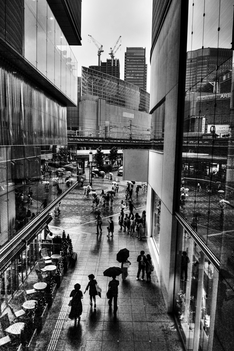 Silhouettes Between Buildings (Tokyo)
