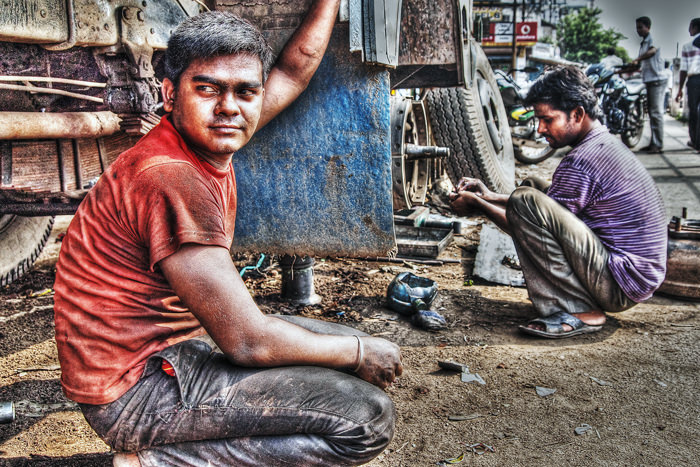 Now Repairing A Truck (India)