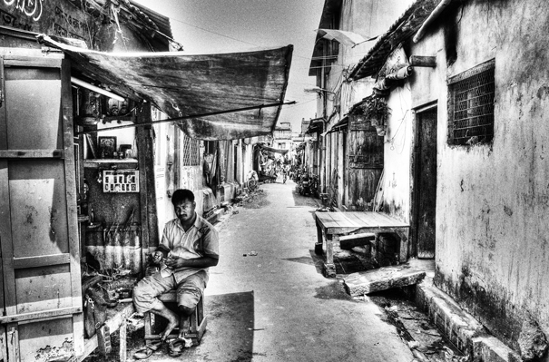 Shop In The Alleyway @ India