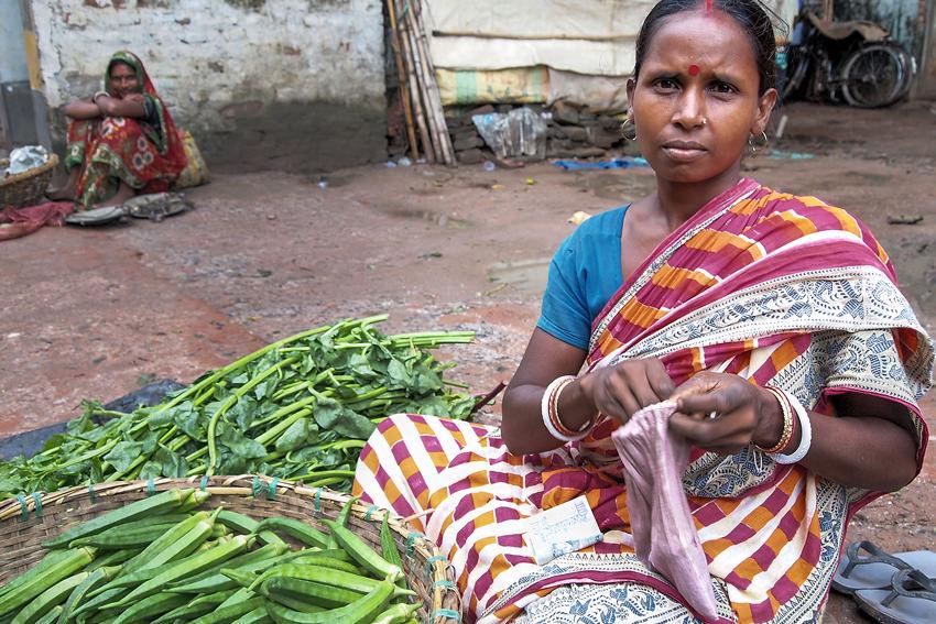 woman selling okra