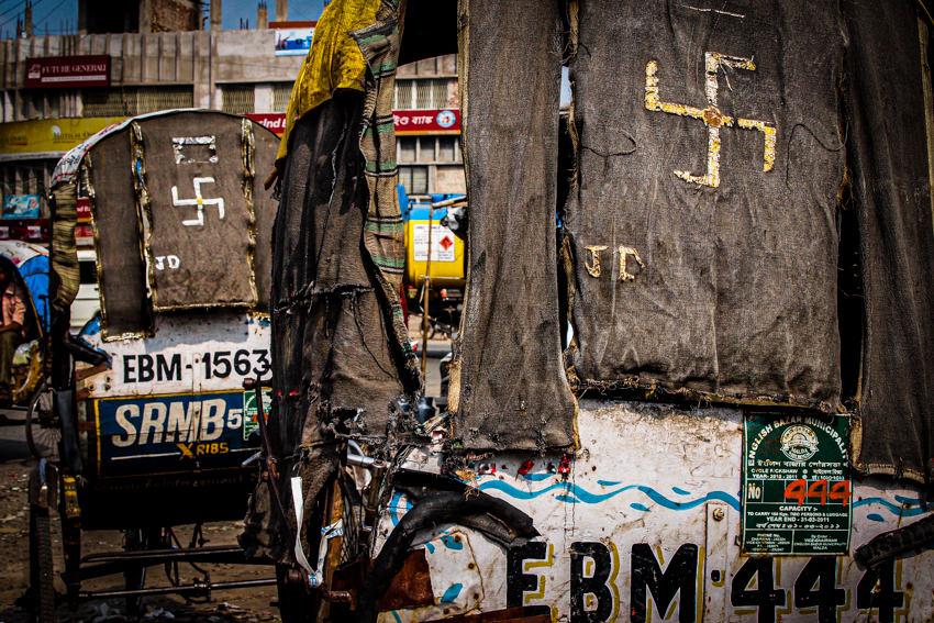 Swastika on cycle rickshaws