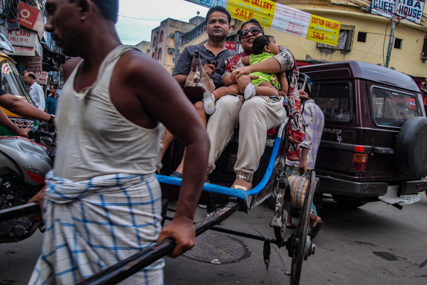 Family on rickshaw