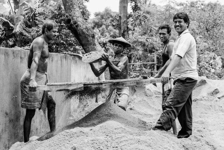 工事現場の男たち