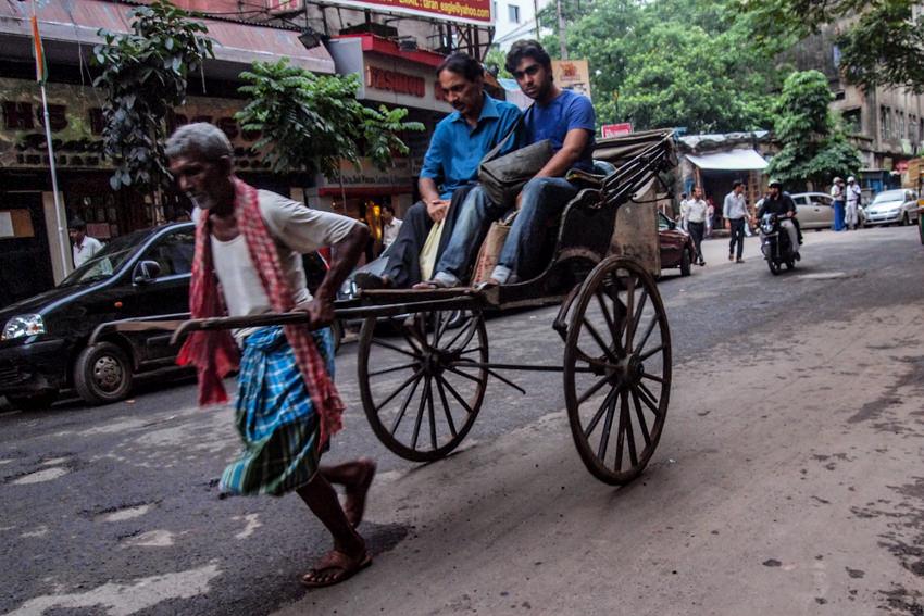 Cycle rickshaw running