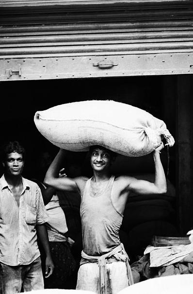 Big Bag On The Head @ India
