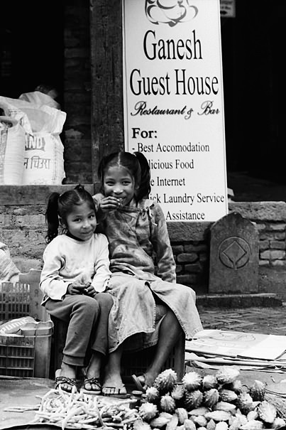 Smiling Sisters @ Nepal