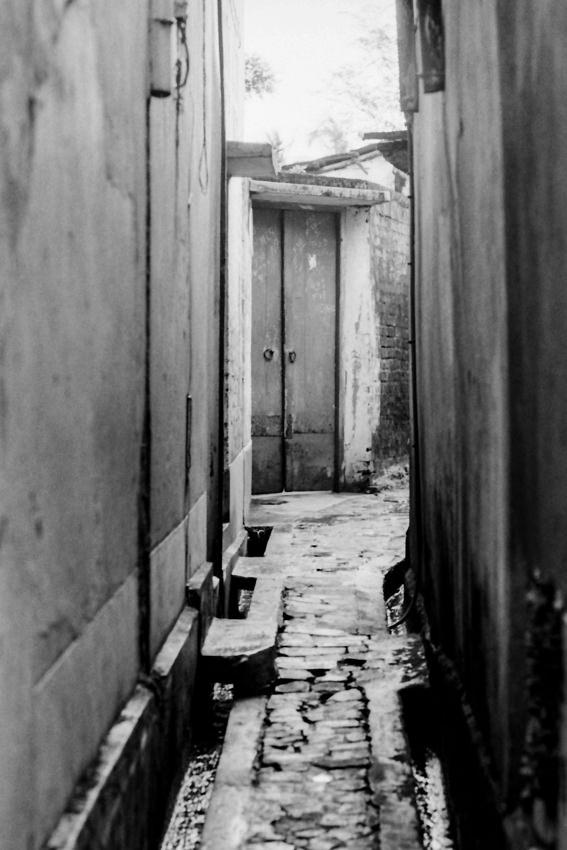 Door in lane