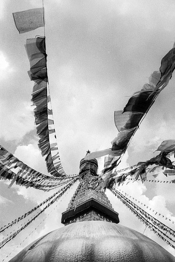 ボダナートに聳え立つ仏塔