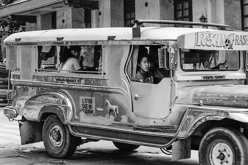 Jeepney running for Sinait