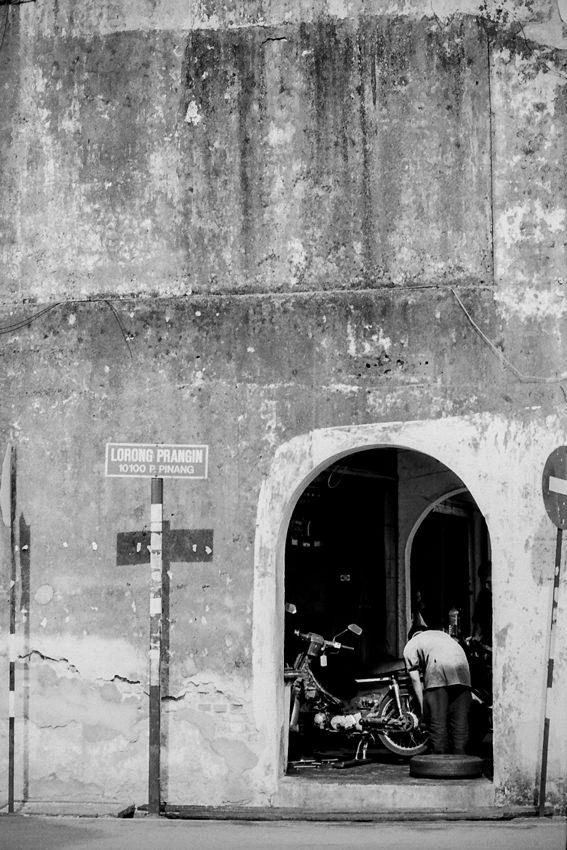 hole on concrete wall