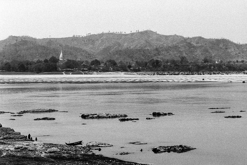 Ayeyarwady River and stupa