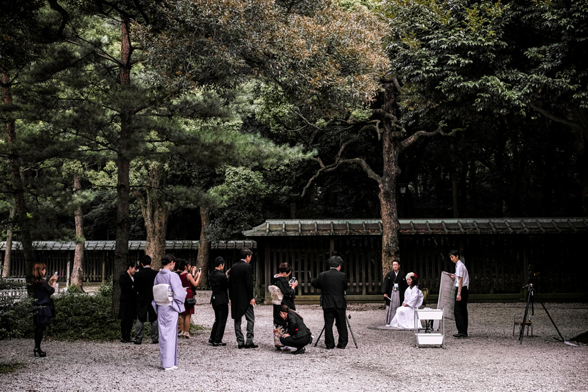 Photo session in Shinto shrine