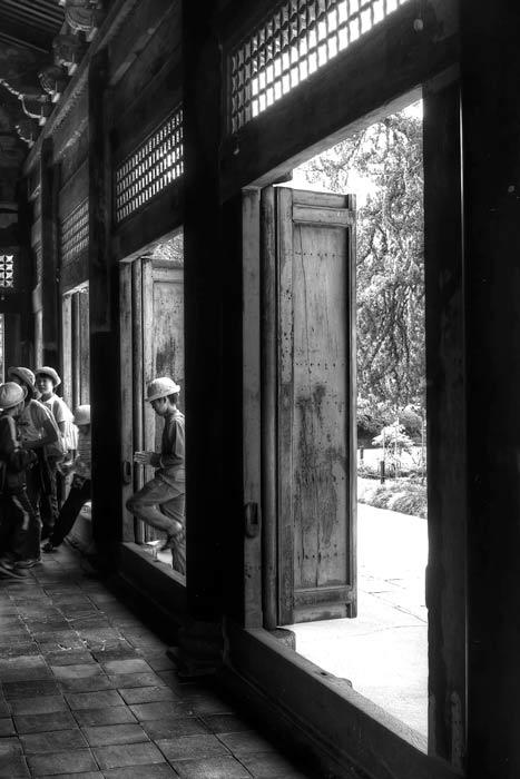 本堂の入り口