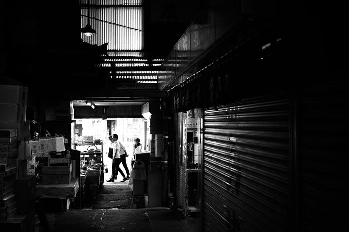 場外市場の通路