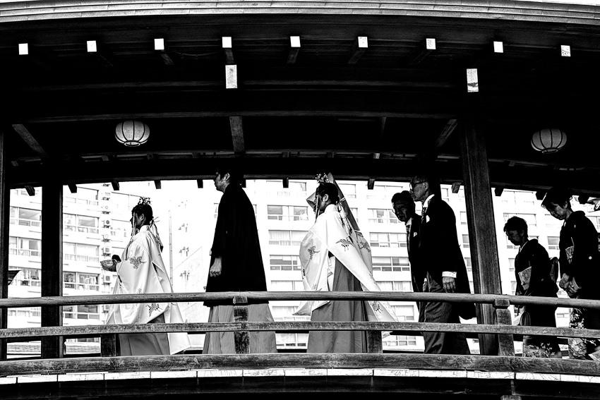 Attendances on wooden bridge
