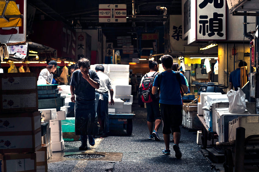 Passage in Tsukiji market