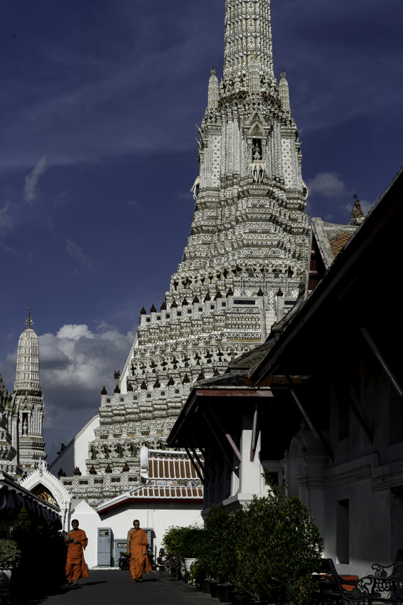 Two monks walking the precinct of Wat Arun