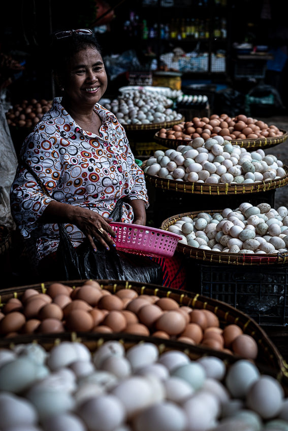 Woman selling eggs in market in Dalah