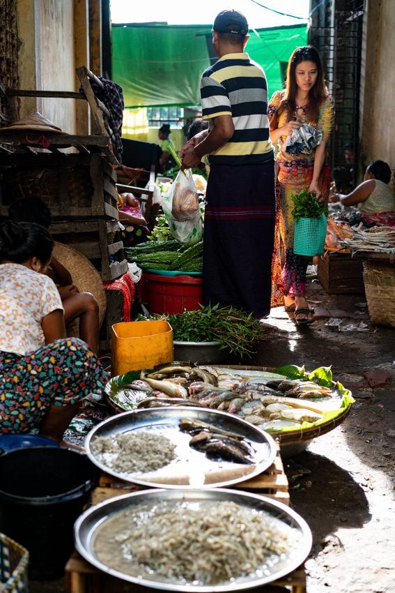 Mess passage in Bago market