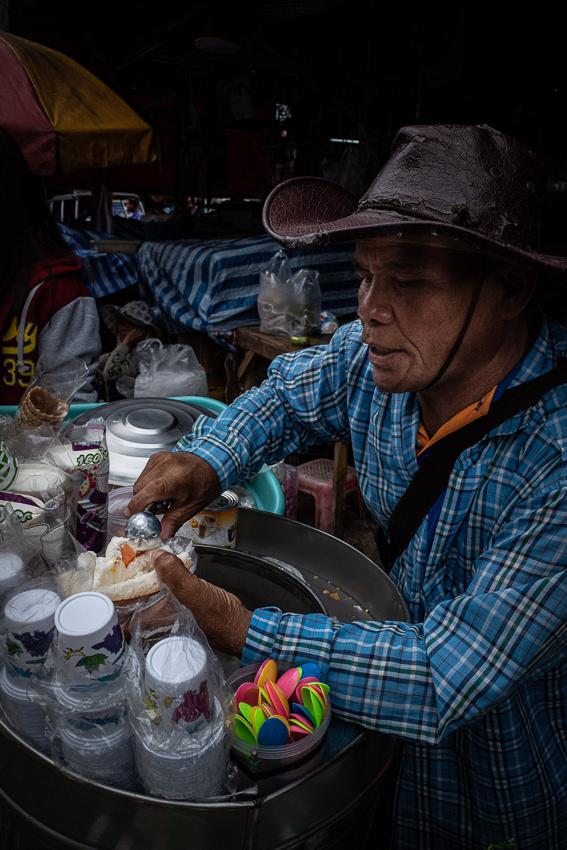 Ice cream seller in Khlong Toei Market