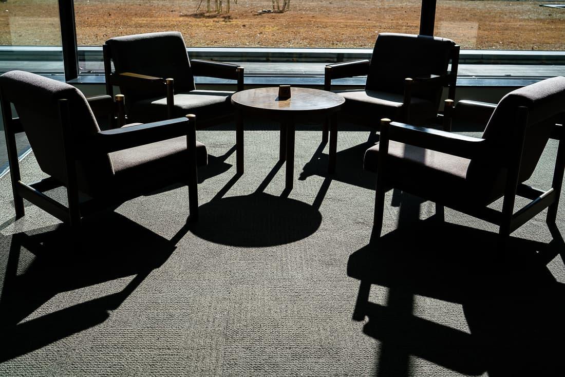 国際文化会館のソファ